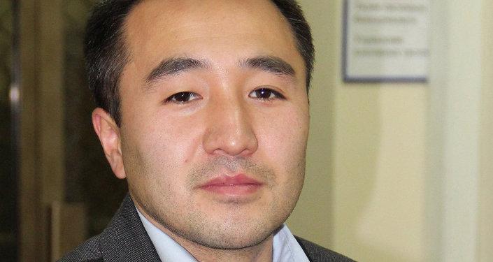 Бакыт Карбозов, начальник отдела дилинговых операций управления денежно-кредитных операций НБКР