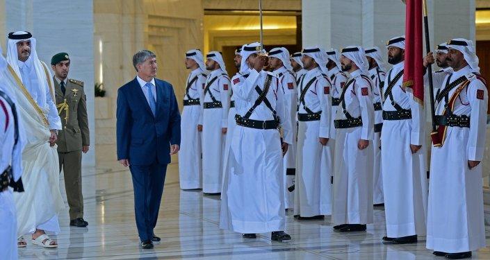 Президент Алмазбек Атамбаев встретился с Эмиром Катара Шейхом Тамимом Бин Хамадом Аль Тани