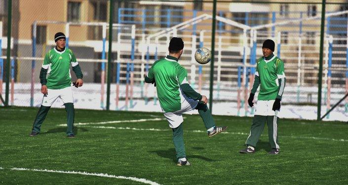 Футбольное поле в Бишкеке