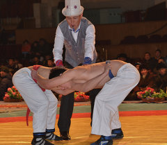 Борцы на международном турнире памяти народного баатыра Хана Кошоя