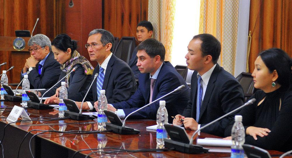 Оторбаев и представители деловых кругов Республики Башкортостан обсудили вопросы сотрудничества в области сельского хозяйства, промышленности и туризма