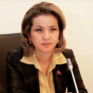 Депутат Жогорку Кенеш Дамира Ниязалиева