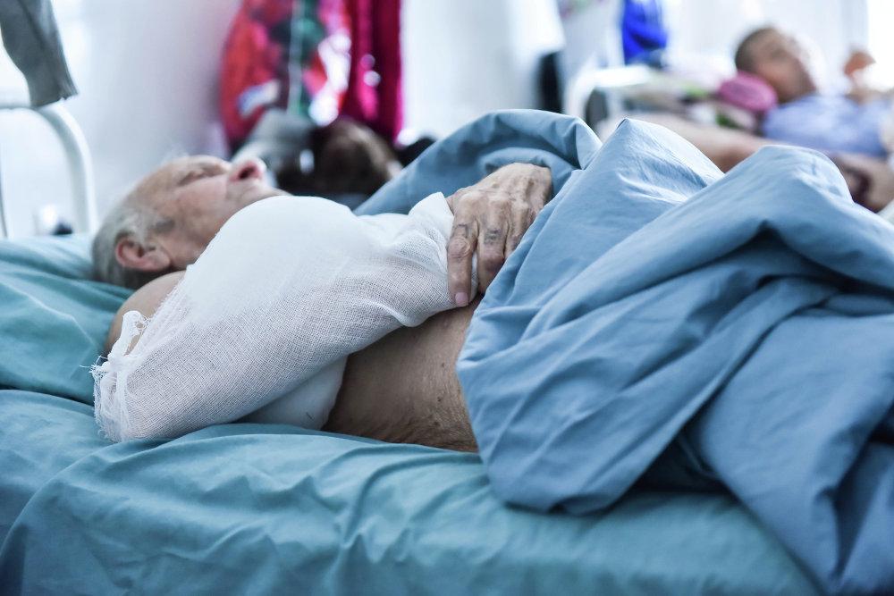 В травматологию попадают люди с травмами различной степени тяжести