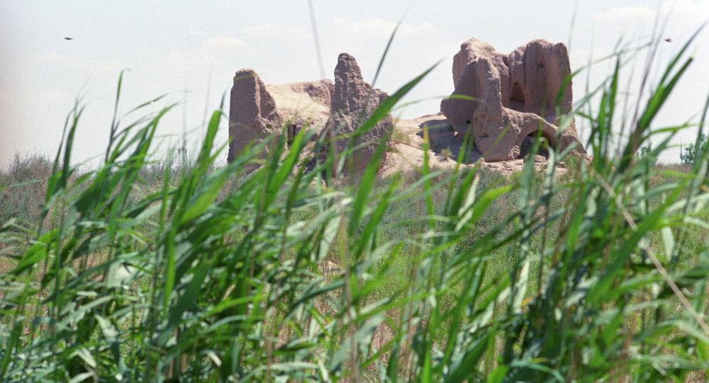 Развалины древнего города Мерв