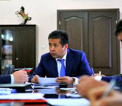 Вице-премьер-министр Тайырбек Сарпашев. Архив