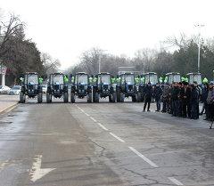 Торжественная церемония передачи 19 тракторов марки «Беларус 82.1»