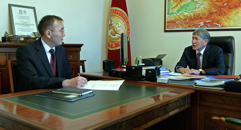 Алмазбек Атамбаев принял председателя Национального банка Толкунбека Абдыгулова