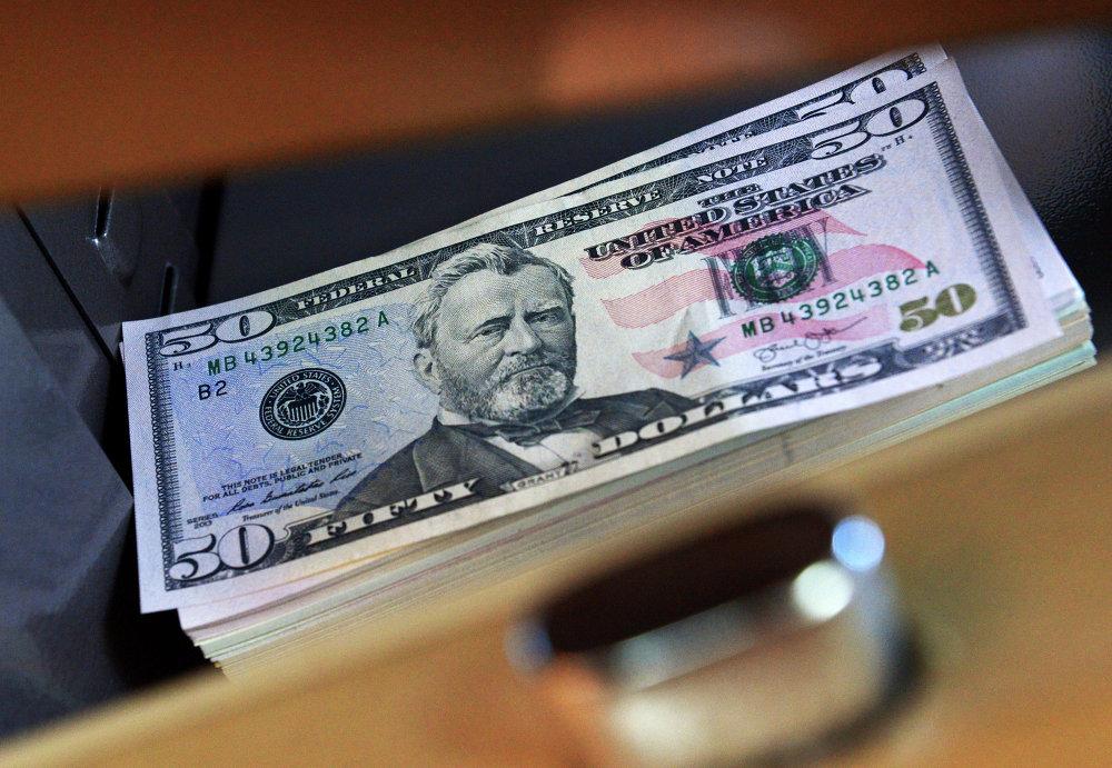 доллары фото новые черном