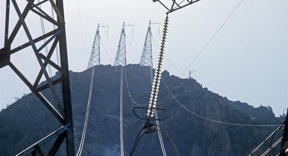 Линии электропередач сверхвысокого напряжения
