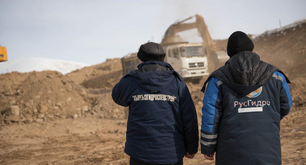 Постройкой ГЭС занимаются «КыргызГидроСпецСтрой» и «РусГидро»