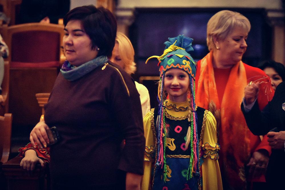 Дети часто надевают национальные костюмы