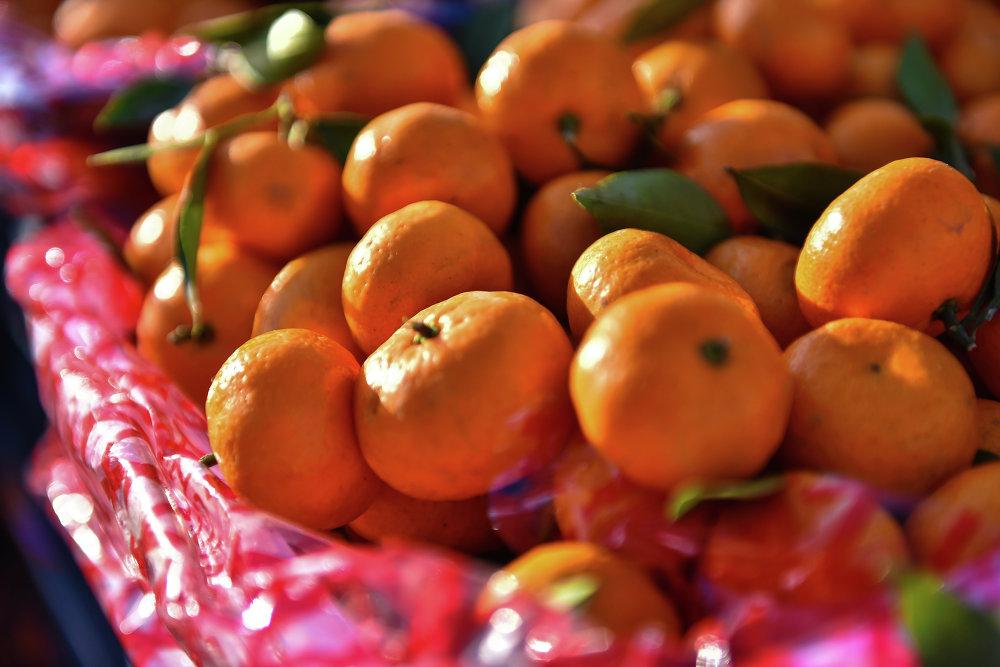 Главный новогодний фрукт — мандарины.
