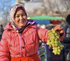Бишкектеги жарманке. Архивдик сүрөт
