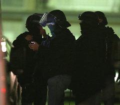 Один из подозреваемых в атаке на Charlie Hebdo сдался полиции