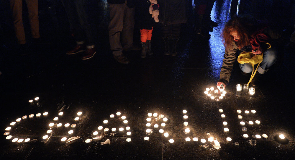 Марш памяти жертв нападения на Charlie Hebdo пройдет в Париже