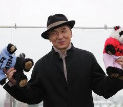Фотоколл Джеки Чана в Москве