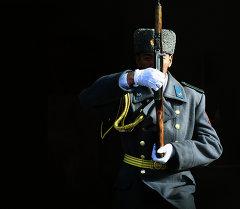 Улуттук гвардиянын аскери. Архив