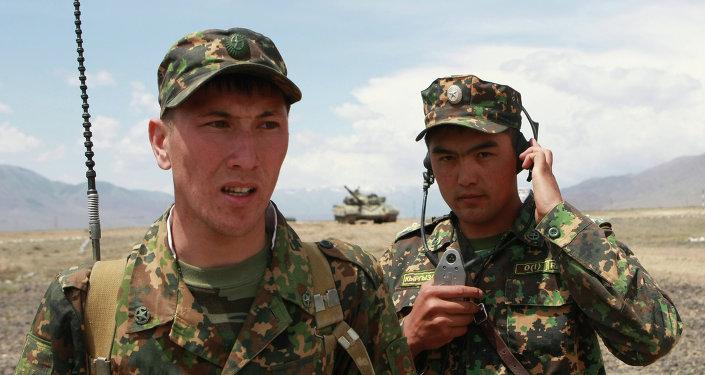 Тренировка танкового полка Киргизии перед Танковым биатлоном-2014