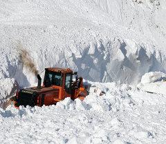 Обстрел лавин на Транскавказской магистрали
