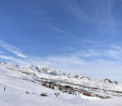 Вид на горы близ Бишкека. Архивное фото