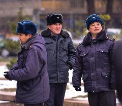 СОтурдники милиции следят за митингом. Архивное фото