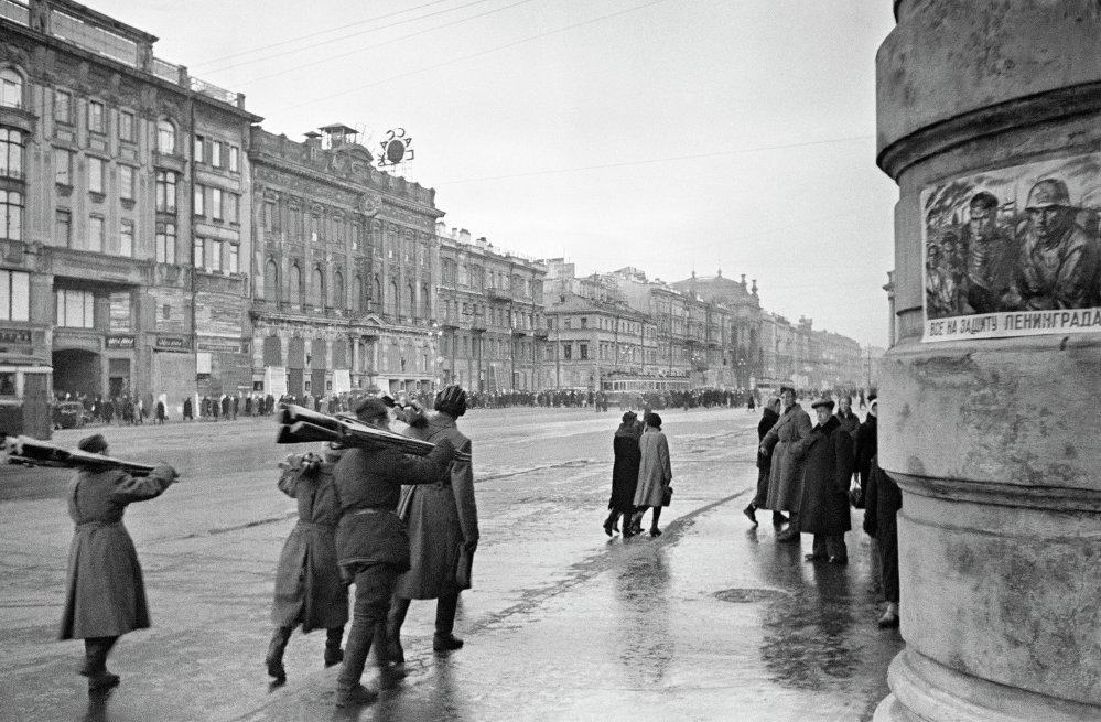 Заготовка дров, Ленинград октябрь 1941 года