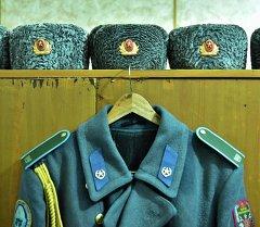 Папаха и шинель гвардейца. Архивное фото