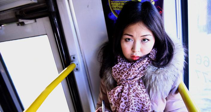 В Бишкеке появился читающий троллейбус