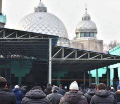 Центральная мечеть в городе Бишкек