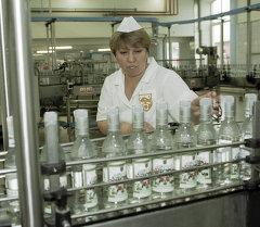 На ОАО «Московский завод Кристалл»