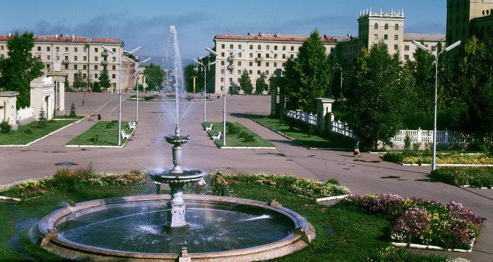 Площадь имени В.И.Ленина в городе Октябрьский