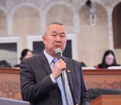 Депутат фракции Ата-Мекен Нышанов Сайдулла Канболотович