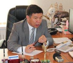 Архивное фото депутата парламента от фракции Ата Мекен Алмамбета Шыкмаматова