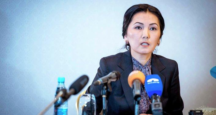 Архивное фото депутата ЖК Аиды Саляновой