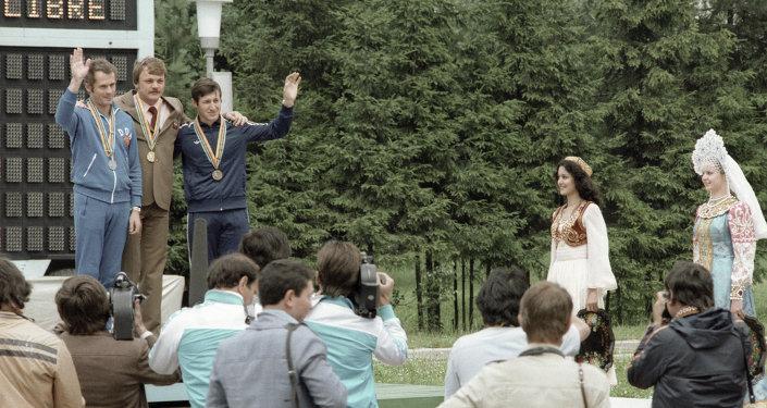 Призёры Московской Олимпиады по произвольной стрельбе из пистолета на 50 метров