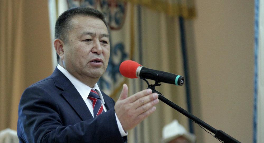 Лидер фракции СДПК Жогорку Кенеша Кыргызской Республики Чыныбай Турсунбеков. Архивное фото