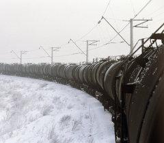 Железнодорожный состав. Архивное фото
