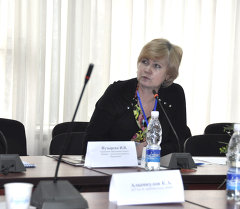 Круглый стол в универсистете им. Арабаева, Ирина Пузырева