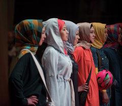 Девушки в хидабах. Архивное фото