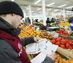 ФМС Новосибирской области провела рейд на рынке в Новосибирске