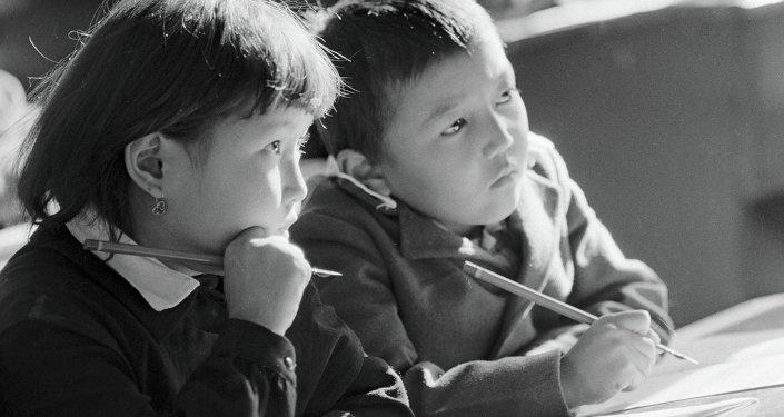 Ученики 2-го класса школы-интерната
