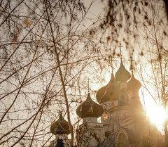 Свято-Воскресенский кафедральный собор в Бишкеке. Архивное фото