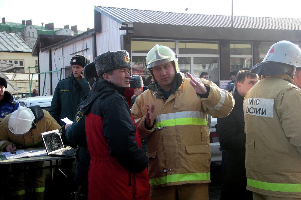 Из здания было эвакуировано более 200 человек