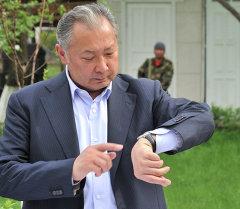 Архивное фото бывшего президента КР Курманбека Бакиева