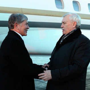 Алмазбек Атамбаев прибыл в Санкт-Петербург для переговоров с Владимиром Путиным