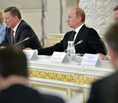 Путин: Экинчи дүйнөлүк согуштун тарыхын кайра жазуунун максаты – Россииянын мизин мокотуу