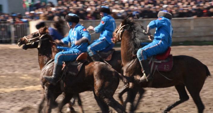 Көк бөрү боюнча Нооруз-2015 республикалык турнирде Сары-Өзөн командасы жеңүүчү аталды