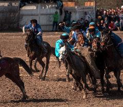 Традиционная конная игра кок-бору в Бишкеке. Архивное фото
