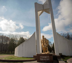 Монумент воинам-афганцам в парке Ататюрка. Архивное фото