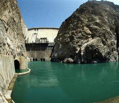 Токтогульская гидроэлектростанция на реке Нарын. Архивное фото